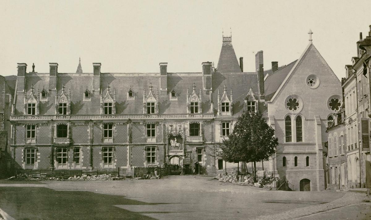 Il castello reale di blois site ch teau de blois italien - M pokora ou habite t il ...